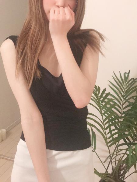 【衝撃★デビュー】本日18:00~出勤♡完全未経験♡可愛い系美人『みらい』セラピ27歳♬